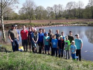 2018-04-21 Forellenangeln Jugendgruppe in Borsum 00029